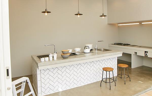 キッチンインテリアを魅力的にする、多機能なキッチン蛇口 その選び方とは?【前編】